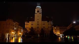 Slezské divadlo se včera rozsvítilo na podporu české kultury.